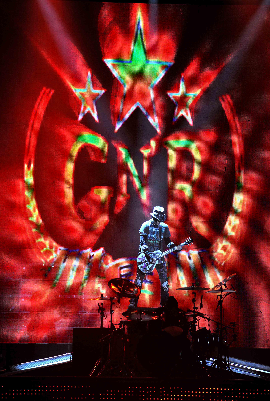 Gun n Roses blast off their high voltage rock set last night at the Newcastle Metro Arena