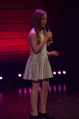 Ellie-Watkinson-Singer-Gateshead
