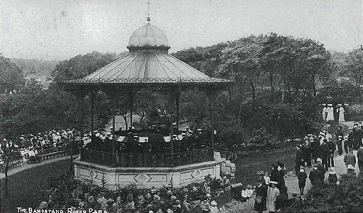 Roker Park Bandstand 1910